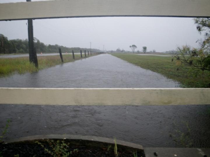 2013 flooding moat (800x599)