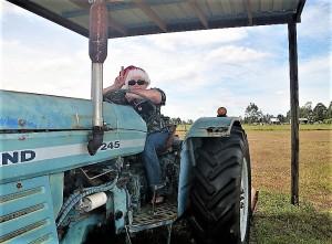 tractor gabe (3)